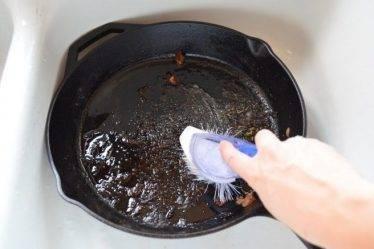 Как очистить сковородку. Мой опыт с современной химией