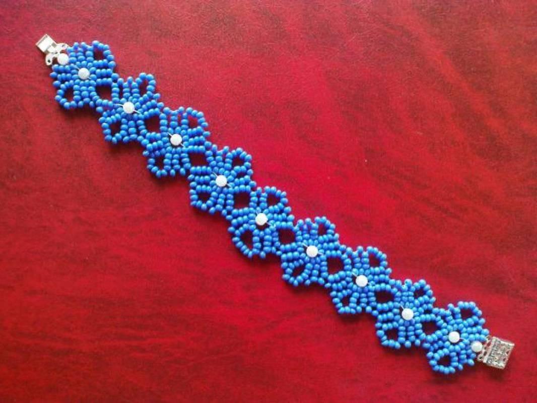Пошаговое плетение бисером красивого элемента.