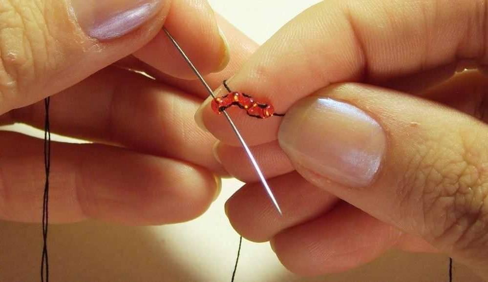 Кирпичное плетение бисером