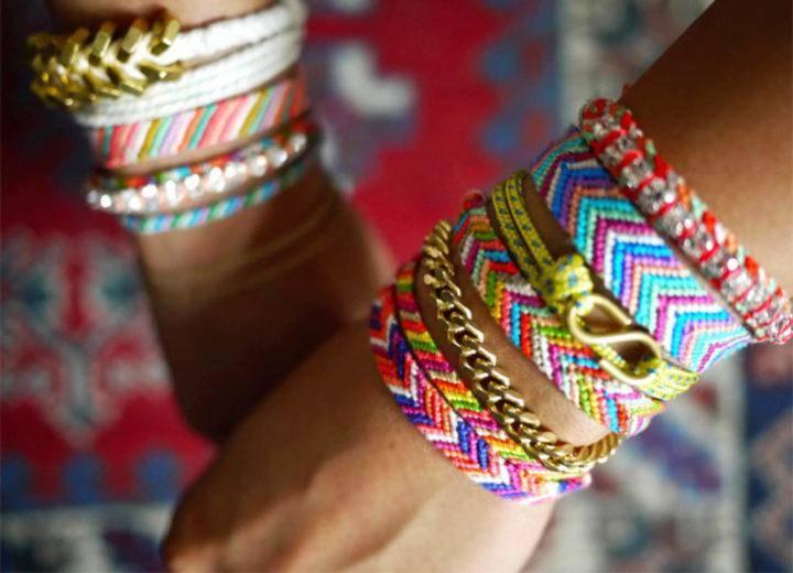 miley-cyrus-friendship-bracelets-1.jpg