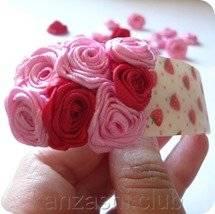 10-zakolka-s-rozami