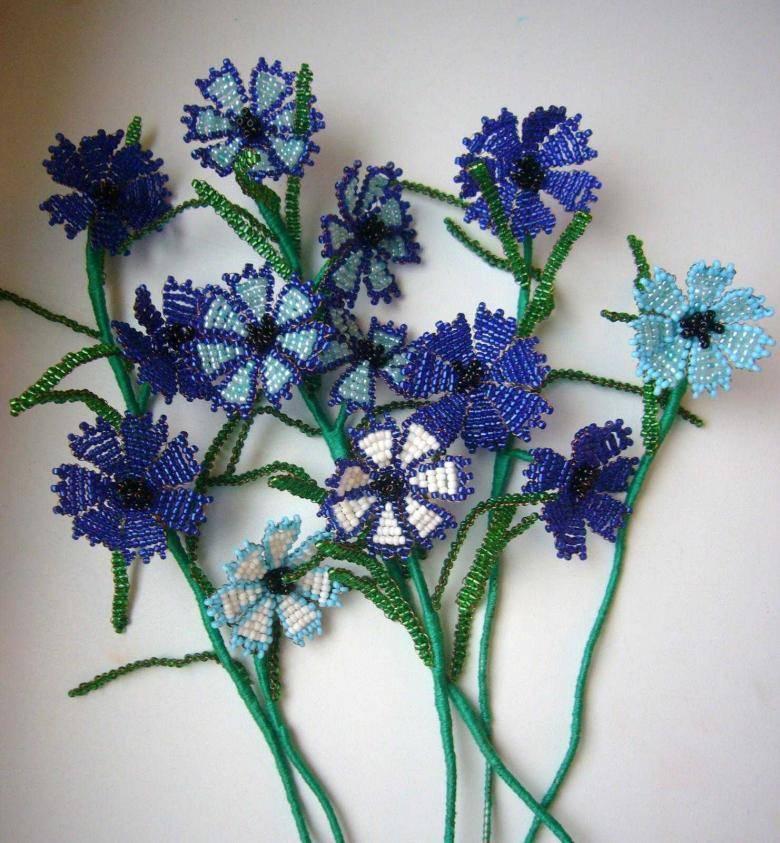 cvety_iz_bisera_1.jpg