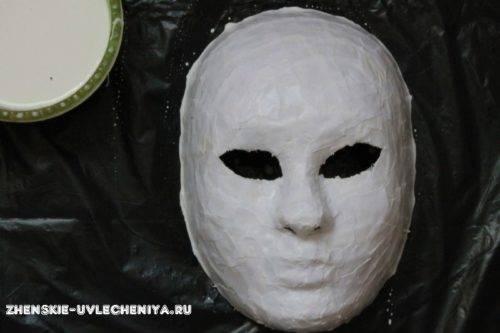maski-iz-pape-mashe-svoimi-rukami-master-class-10-500x333.jpg